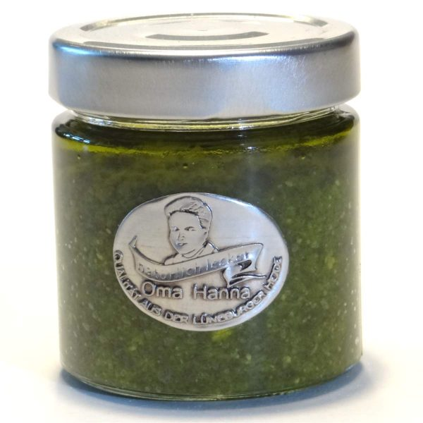 Wildkraeuter Pesto
